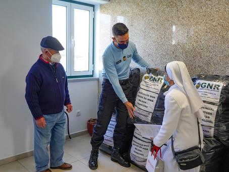 GNR da Guarda oferece roupa apreendida a instituições de solidariedade social