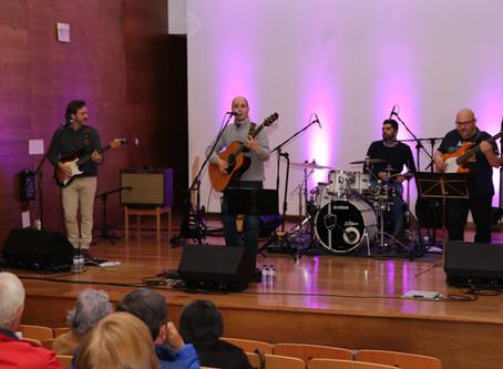 Fornos de Algodres celebrou o 25 de Abril com concerto de intervenção