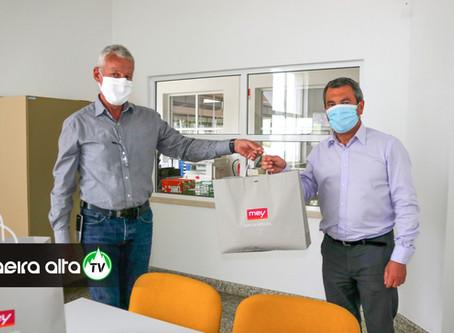 Mey Têxteis oferece máscaras reutilizáveis aos funcionários da Câmara Municipal de Celorico da Beira