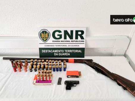 Celorico da Beira: GNR deteve homem de 60 anos por posse ilegal de armas