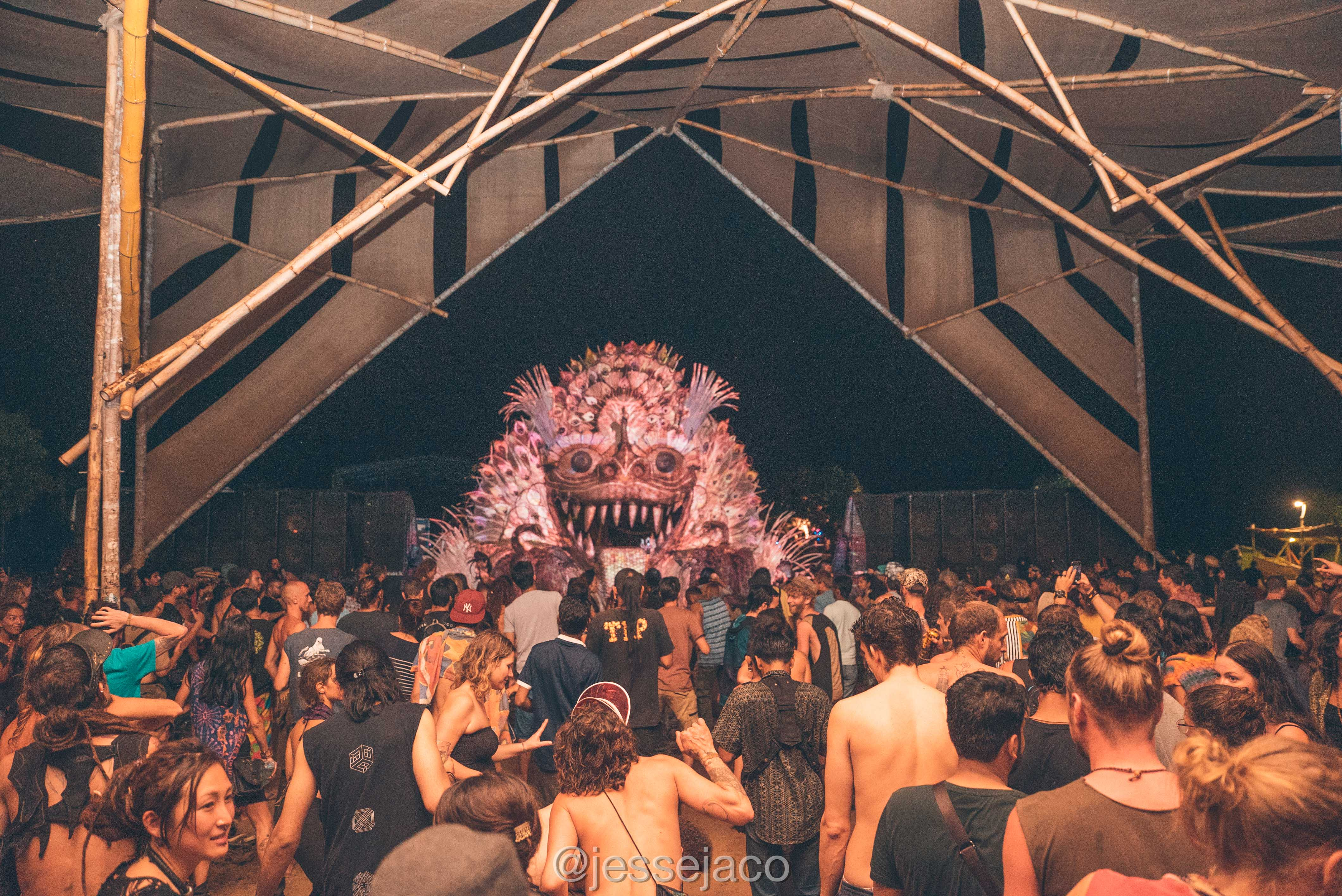 ATMAN 2019 UVLAB - Dance Floor 8
