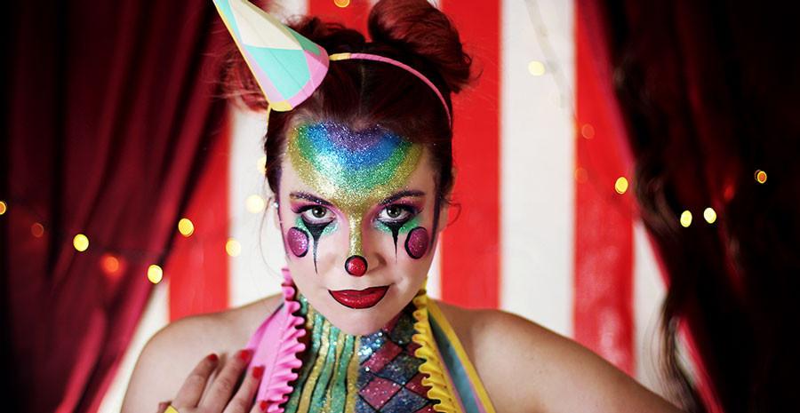 spooky clown for halloween glitter makeup ideas