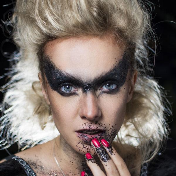 Halloween-glitter-makeup1-ecoglitterfun.