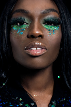 Green and blue glitter eyes