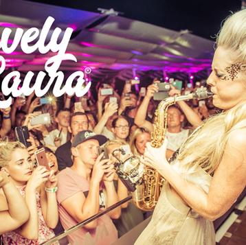 Lovely Laura, Global Brand Ambassador for Eco Glitter Fun talks Glitter and future plans