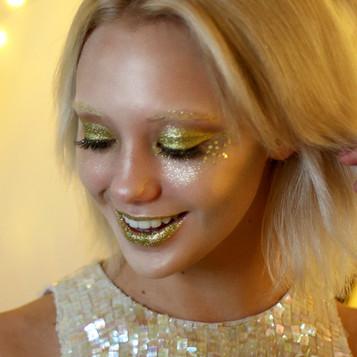Amalia-Gold-Glitter-Eyes3_EcoGlitterFun.