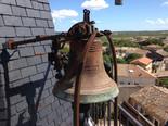 cloche sur petit campanile avec sonnerie