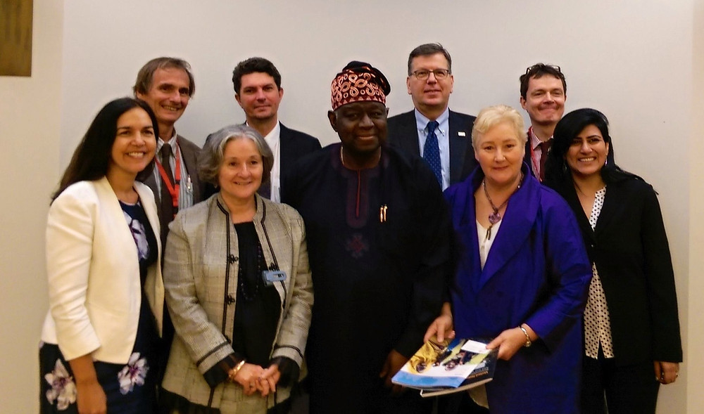 Senators Lisa Singh, Claire Moore and Scott Ludlam, with Ann Sudmalis MP meet with Dr Osotimehin and UNFPA staff