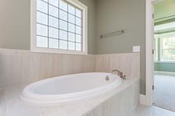 The Greyhawk II Master Bath