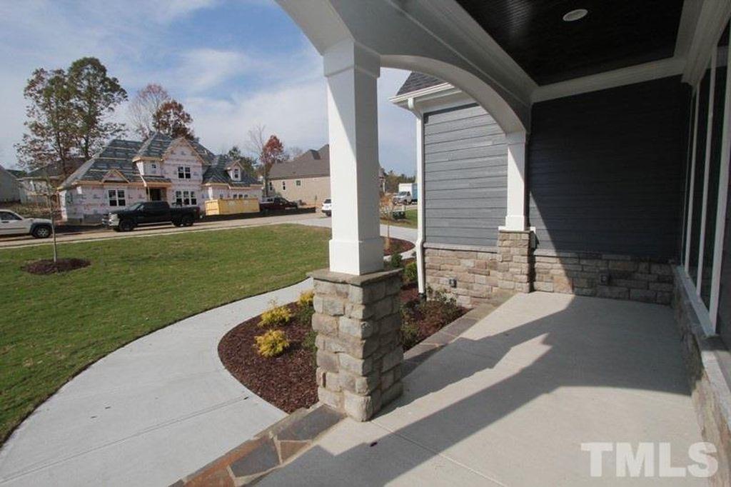 tmls front porch