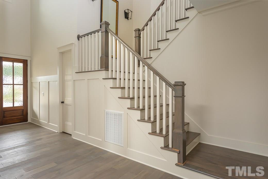 Robin II Stairs