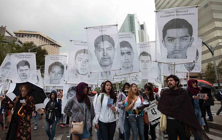 Mexico_drug_war_protest_ap_img.jpg