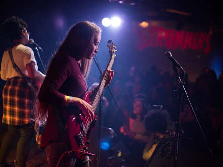 Strummer's Fresno, CA 11-18-2018  pic by Liz Cabrera