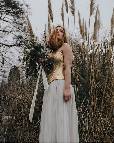 Eco-editorial wedding shoot | Styling: Boelle Events | Hair & make up: Maria Terry | Photography: Magda K Photography | Location: East Bridgford Hill