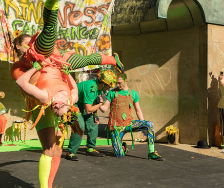 'The (Not So) Quiet Revolution of Kindness'   Hubbub Theatre   Derby Feste   Director: Jen Sumner   Design: Maria Terry   September 2018   (Photo credit: Chris Webb)