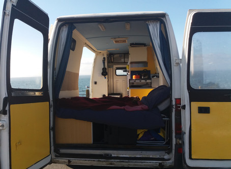 How To Own Less Stuff (Minimalism, Vanlife and Living Lightly)