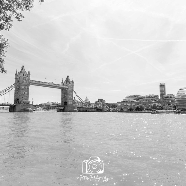 2. Tower Bridge & City Hall B&W