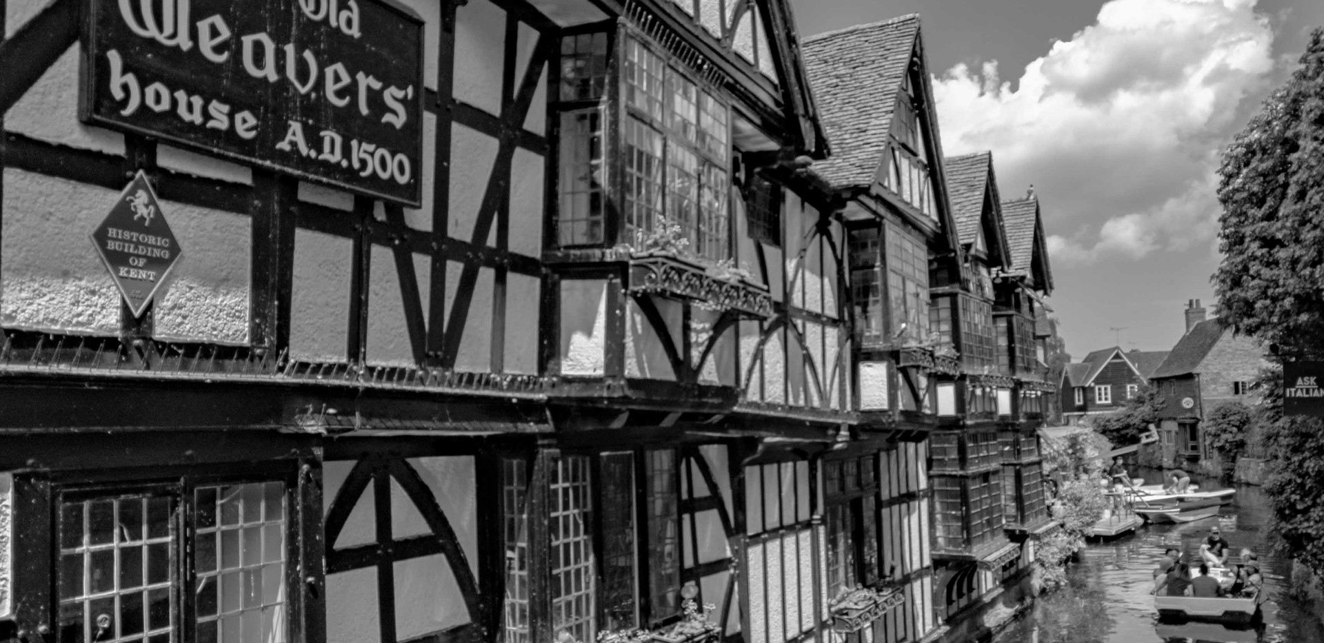 The Old Weavers' B&W