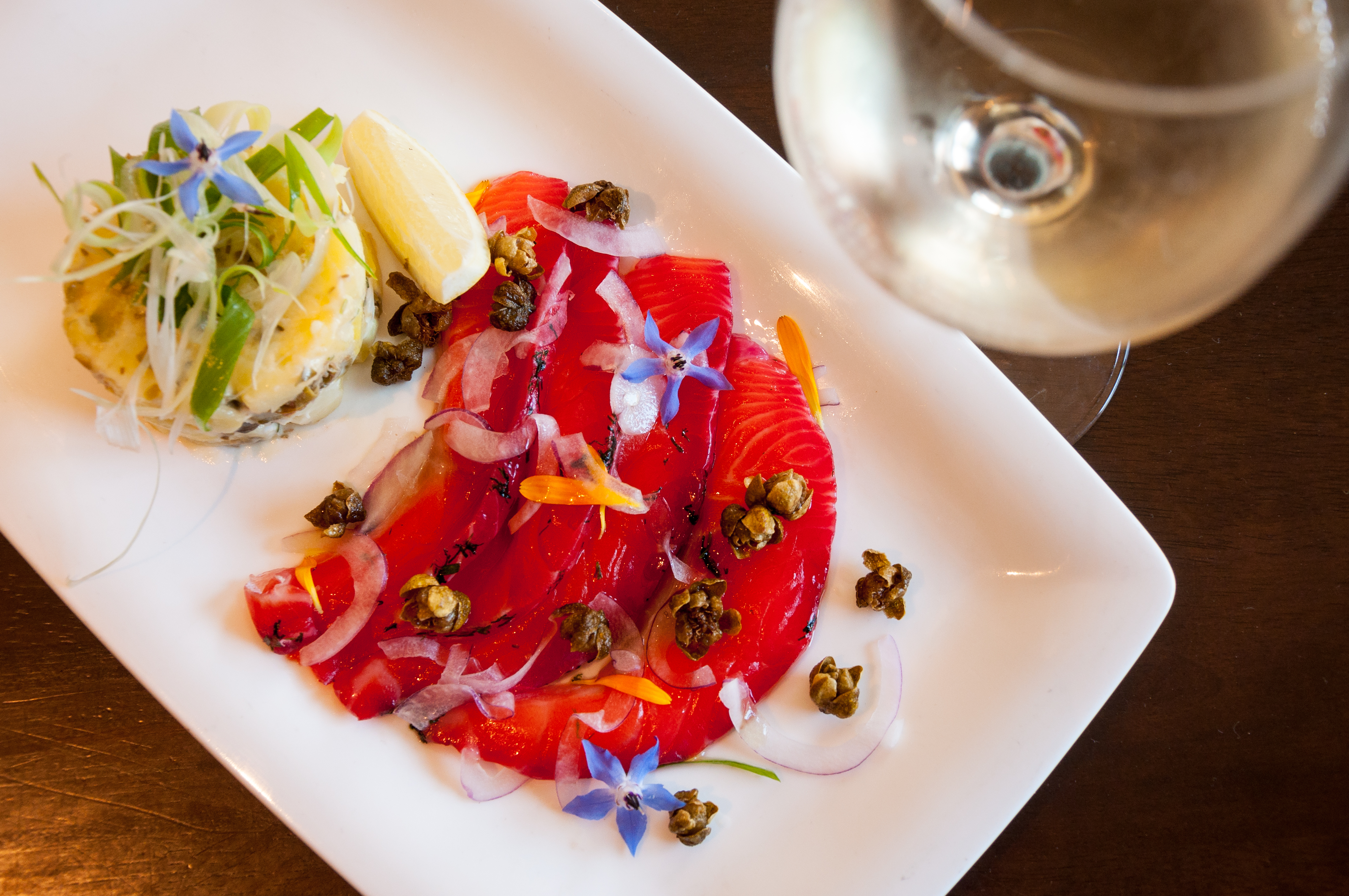 Go Vino - salmon gravlax