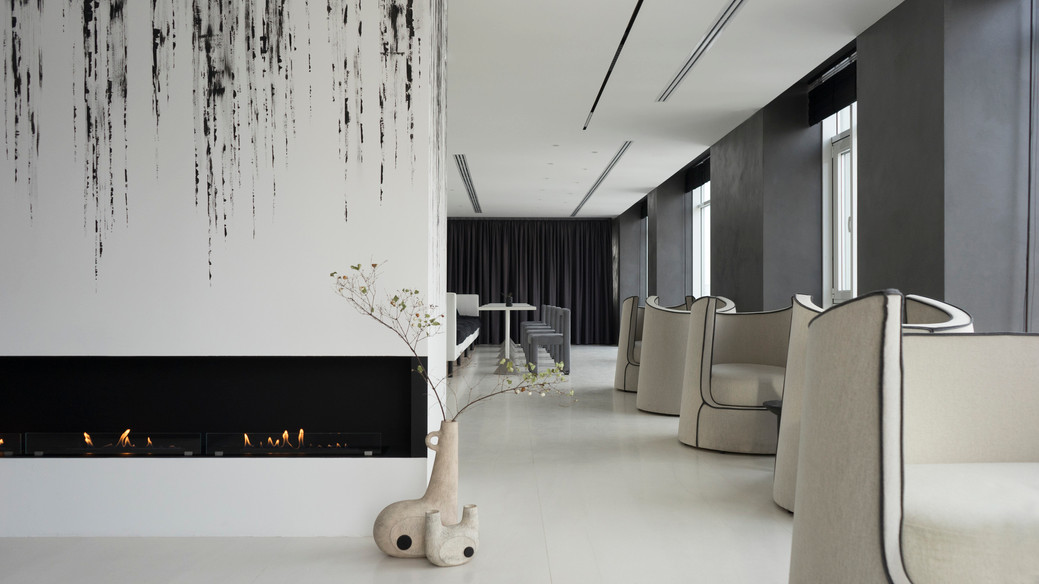Lounge zone of Bulvar Fontanov residential project