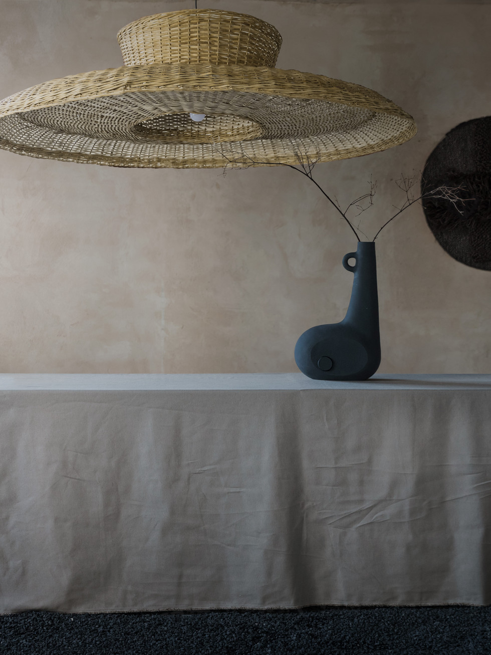 strikha lamp bandura vase
