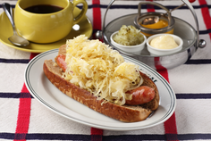Hot Dog with Sour Kraut