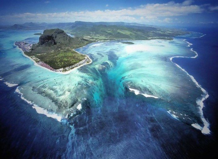 When you view an ocean from an aerial view, you will have a clear picture of what is under the water. However, in some cases, you are likely to notice that there are waterfalls, cliffs, and valleys below the surface of the ocean. It is something that you will not try out.
