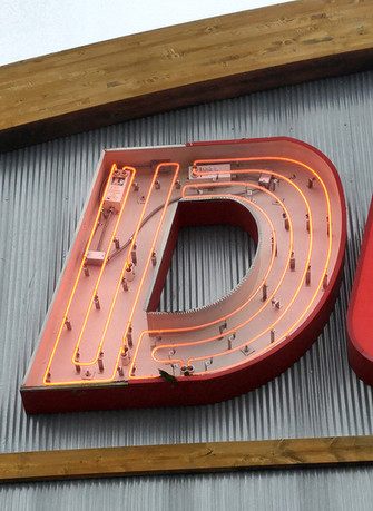 Dunhams Neon Repair