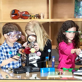 Little Scientists at #therchild #science