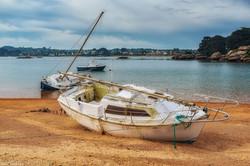 Segelboot am Strand 513519