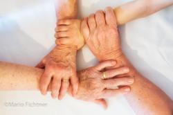 Hands 502418