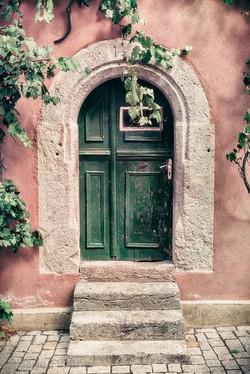 Winemaker's door 1441.jpg