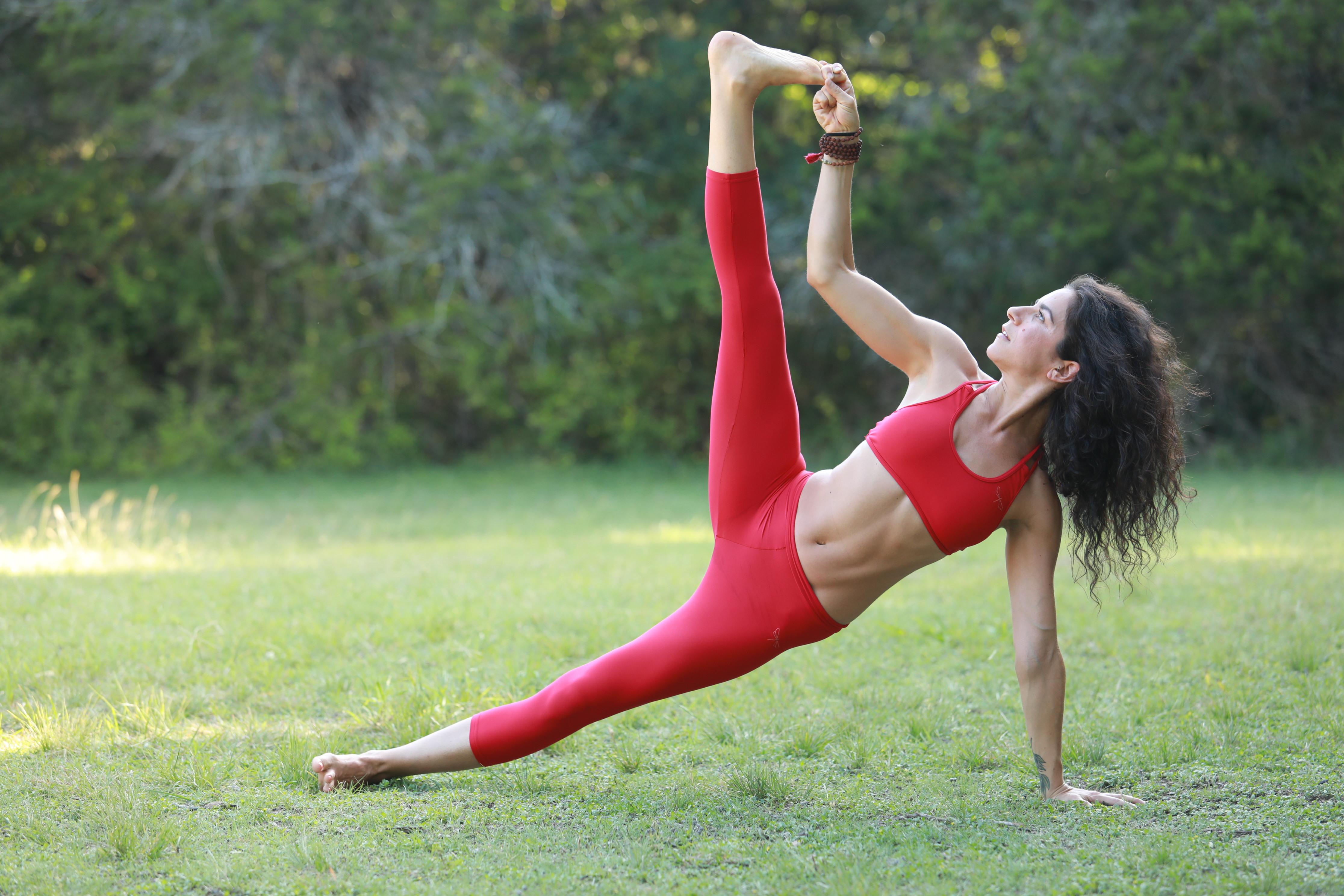 Vashistasana (Side Plank)