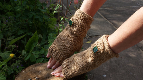Button gloves