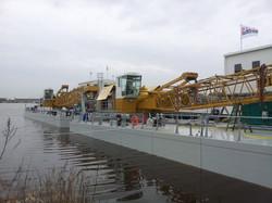 PLM modular crane barge