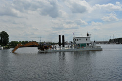 PLM modular dipper crane barge