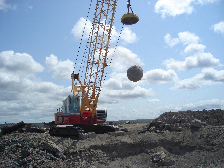 PLM Drop Ball Crane