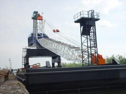 PLM Monohull Crane Barge