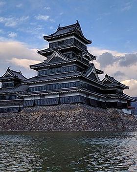 Castillo_de_Matsumoto,_Nagano,_Japón.jp