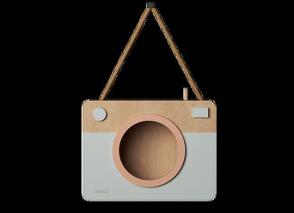 מדף תליה בצורת מצלמה