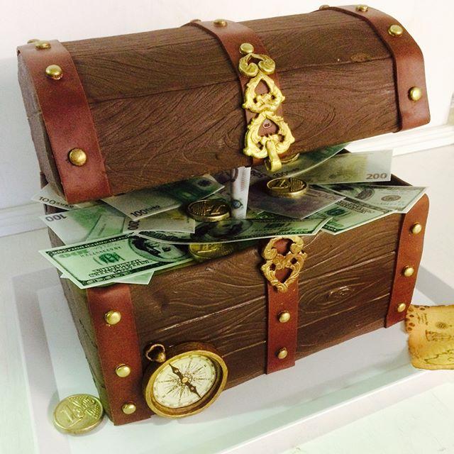 """Торт """"Сундук с сокровищами"""""""