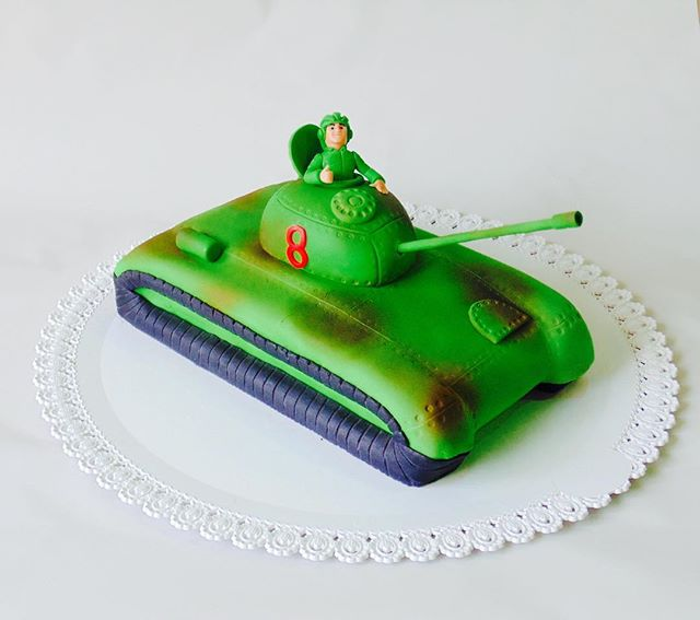 """Торт """"Танкист"""""""