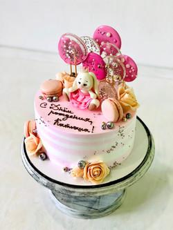 Торт Розовый зайчик со сладостями