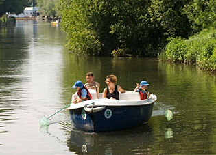 Small boat hire on the River Lee
