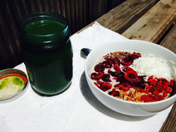 Green Juice and Chia Pudding