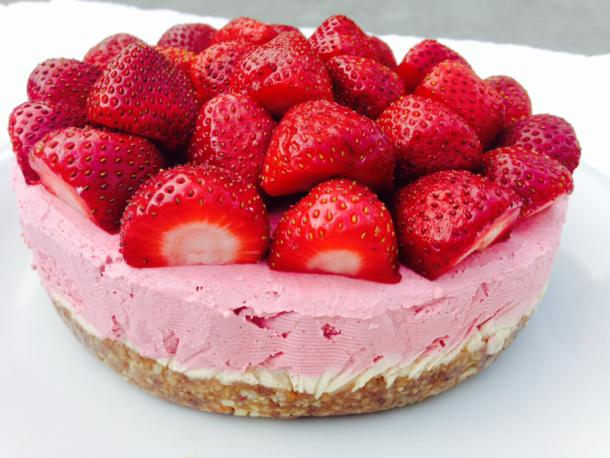 Strawberry Vanilla Cheezecake