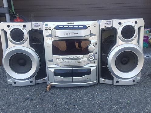 Panasonic Stereo w/ speakers