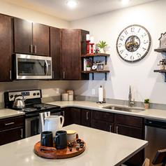 SU Kitchen02.jpg