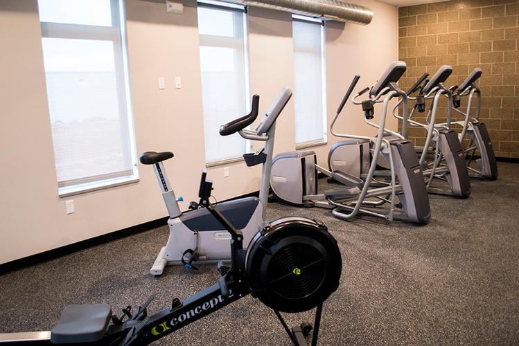 FitnessCenter04.jpg