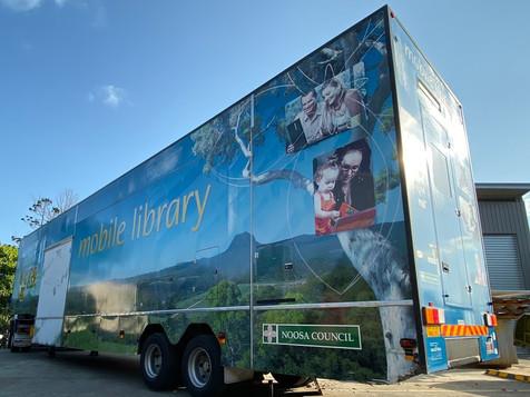 Noosa library bus.jpg